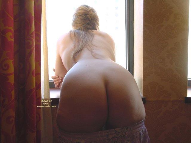 Pic #5 - Purple Patty In Atlantic City Window