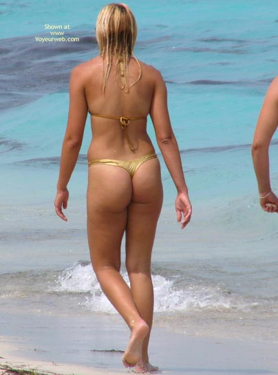 Pic #2 - Beachbooties 4