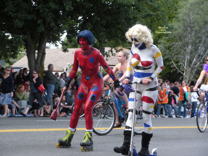 Pic #1 - Naked Clowns On Wheels - Nude In Public, Naked Girl, Nude Amateur , Nude Bodypaint-parade, Painted Parade Participants, Public Nudity, Nude Bodypaint, Geek Parade, Naked Clowns, Mobile Nudists, Painted Breasts