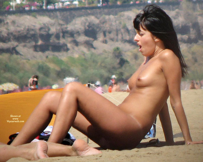naked-grill-voyeur-images-indian-womens