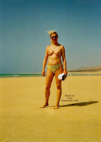 Pic #1 - Bea In Frankreich Am Strand