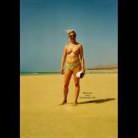 Bea In Frankreich Am Strand