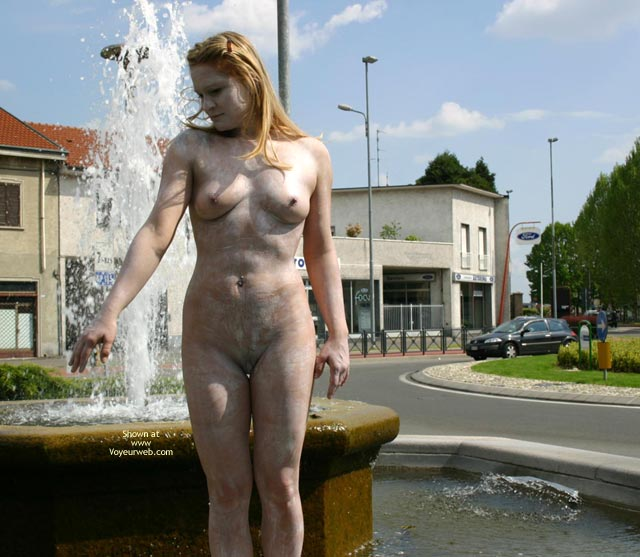 Pic #6 - *Nu Elise In Nude Statue