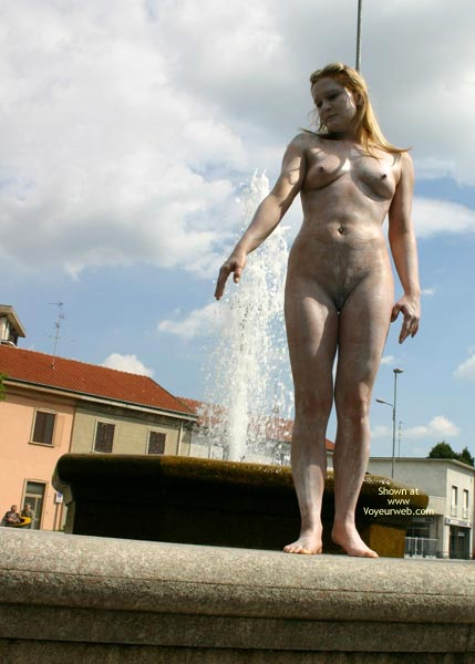 Pic #9 - *Nu Elise In Nude Statue