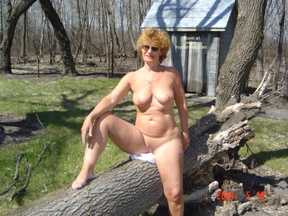 Pic #7 - 57 Year Old Canadian Wife Outdoors