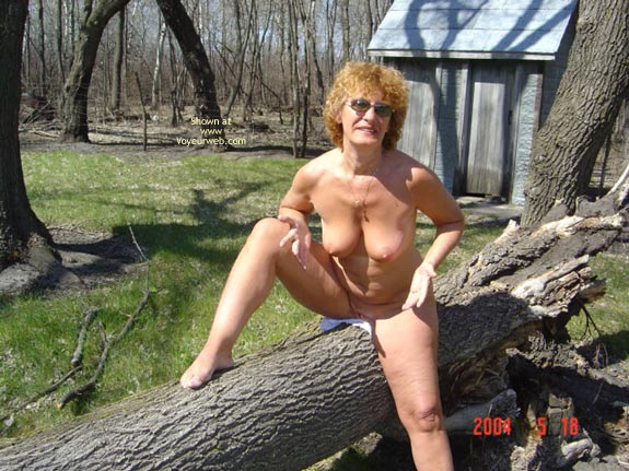 Pic #8 - 57 Year Old Canadian Wife Outdoors