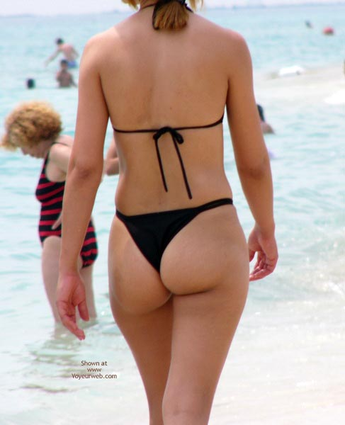 Pic #4 - Beachbooties 5