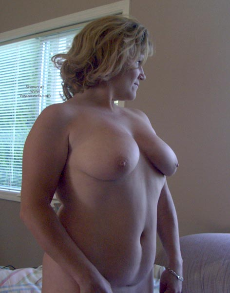 Pic #6 - Tina Gets Naked