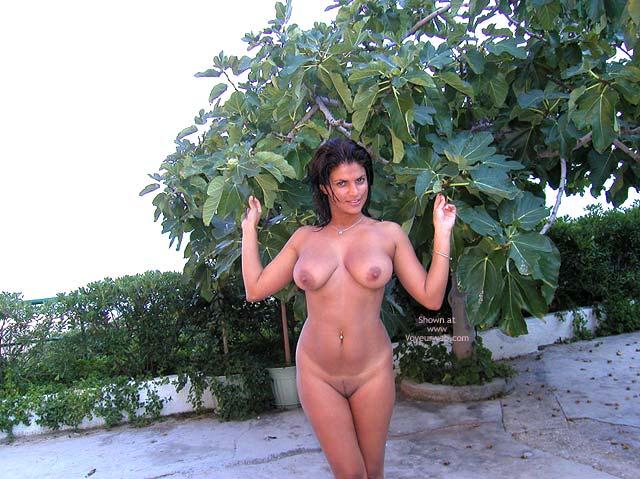 Pic #2 - Vanessa Naked At The Beach