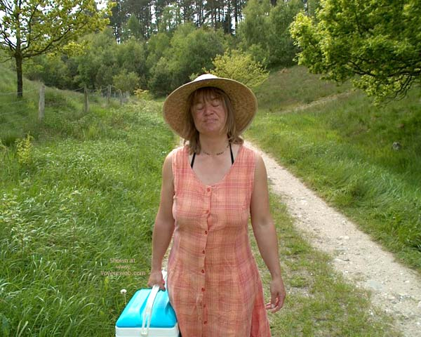 Pic #1 - Mette On Picnic