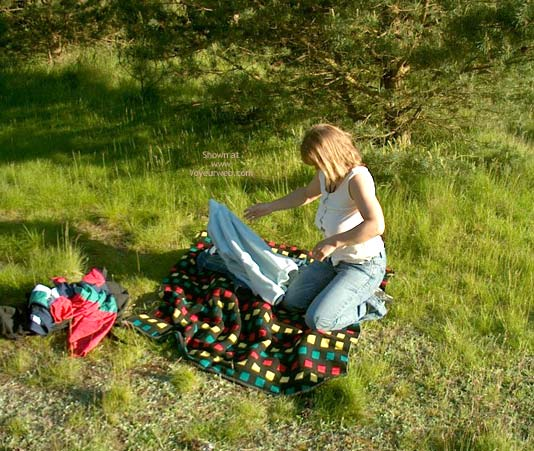 Pic #7 - Mette On Picnic