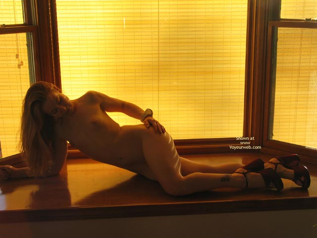 Pic #9 - Badkitty In The Window3