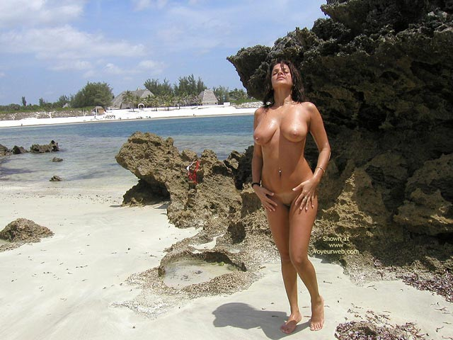 Pic #5 - Vanessa Watanu Beach