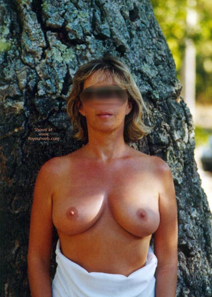 Pic #1 - Tina In The Woods Ballade En Foret