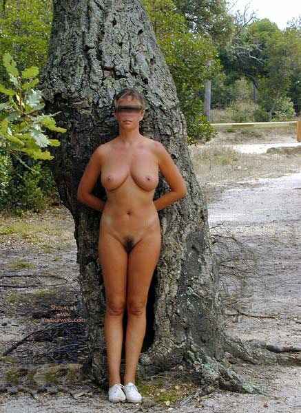 Pic #8 - Tina In The Woods Ballade En Foret