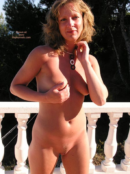 Pic #3 - Saucyminx Naked Poolside 2