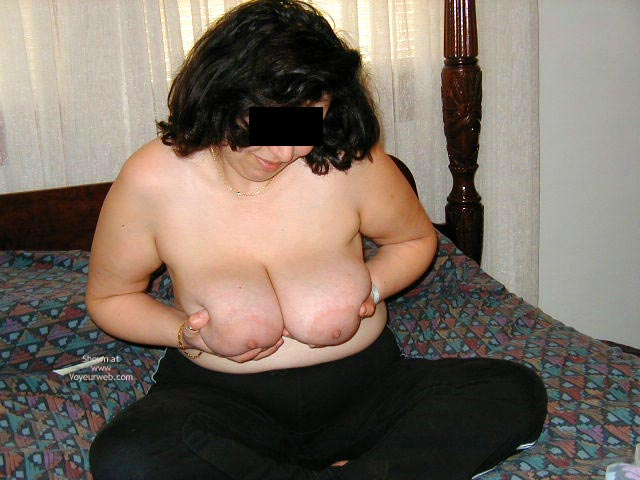 Pic #2 - Shy And Sexy Wife'S First Time