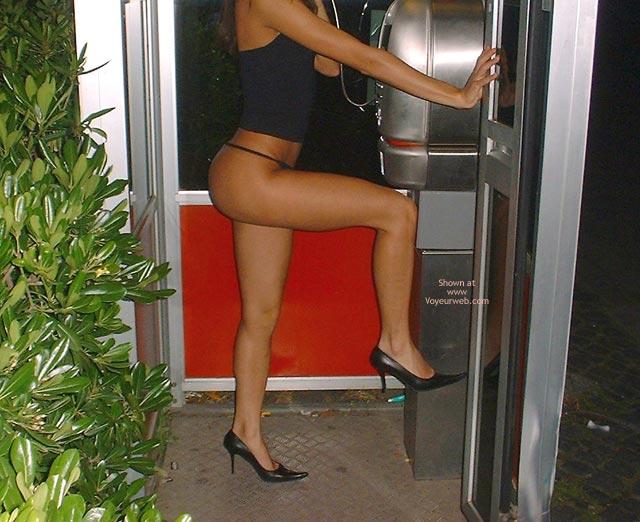 Pic #10 - Alessiaroma Nella Cabina Telefonica