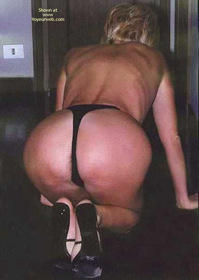 Pic #7 - Patrizia In Black Thong And High Heels