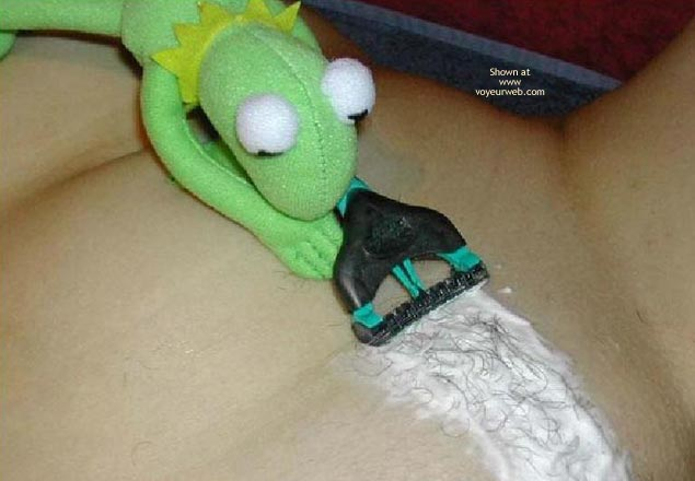 Pic #6 - Kermit And Peggy Soft