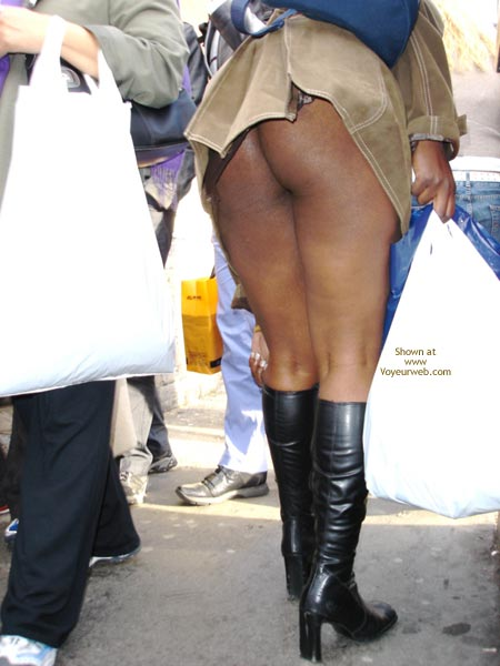 Pic #7 - Dreengirls Shows Her Ass On Oxford Street