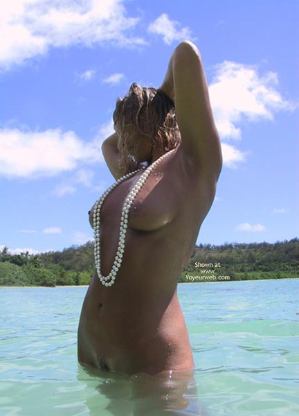 Pic #2 - Rose Pearls In The Pacific