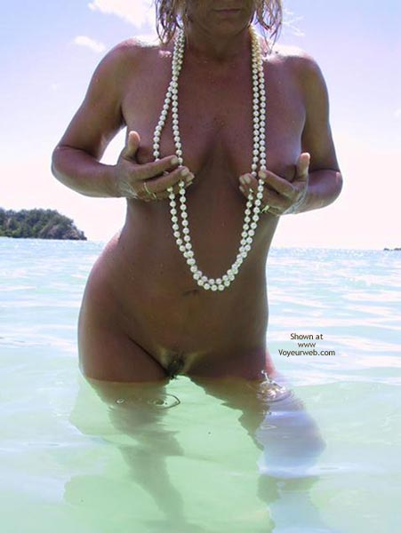 Pic #8 - Rose Pearls In The Pacific