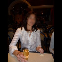 Xeliane In Bars