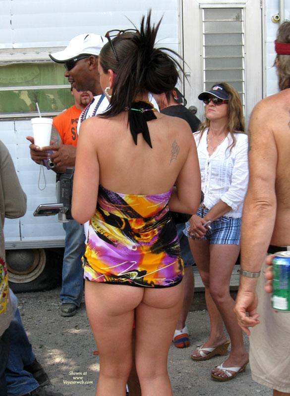 Bottomless girls in public