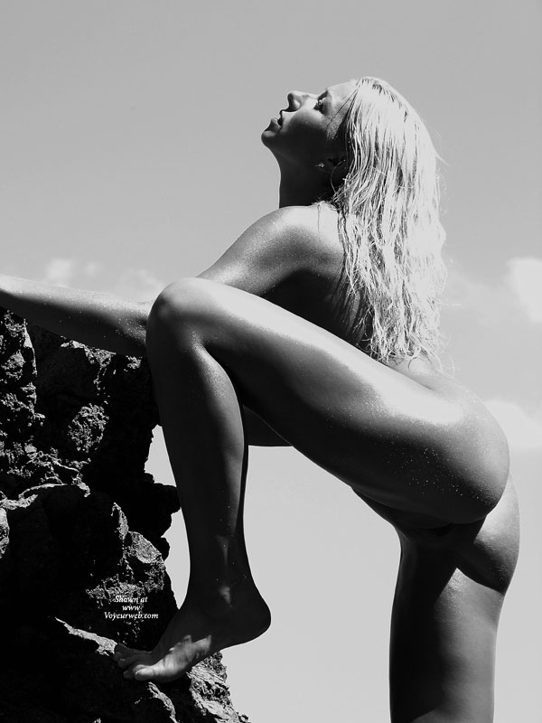 Pic #1 - Nude Rock Climber - Black Hair, Blonde Hair, Flashing, Long Hair, Naked Girl, Nude Amateur , Nude Blonde On Rocks, Climbing In Black And White, Blonde With Head Back, Climbing On Rock, Erotic Pose, Flashing Crotch, Blonde With Eyes Closed With One Leg Up, Leaning On Rock With One Leg Up, Black And White Blonde, Nude Blond Outdoors, Black And White, Black And White Of Nude Blonde, Side View Completely Nude, Art Pose, Black And White Outdoors, One Leg Up On Rock, Art Black And White