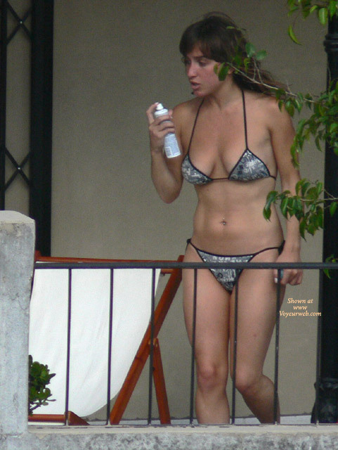 spying on naked neighbor
