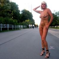 *VW Blonde Lady