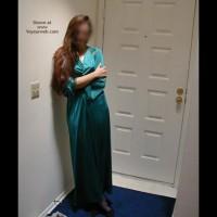 *Nl Model By The Door