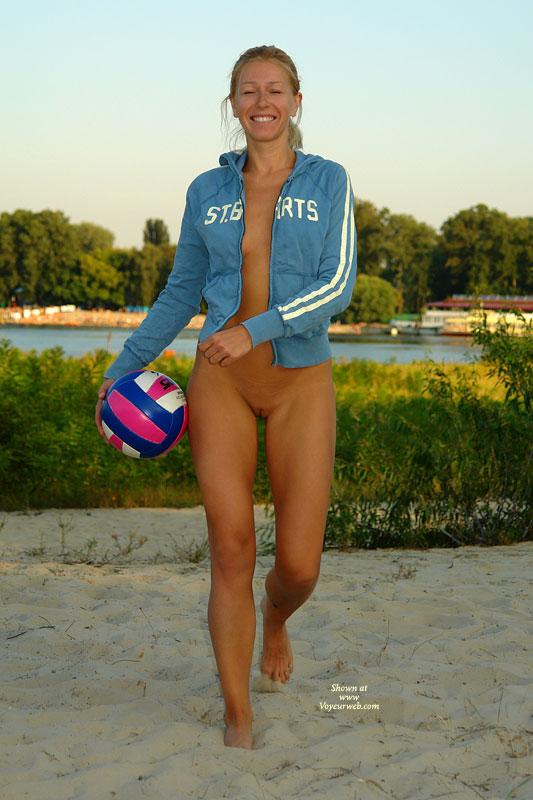 Girls having fun naked beach — 2