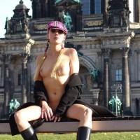 Flashing With Open Coat - Exhibitionist, Flashing Tits, Flashing, Stockings, Sunglasses, Nude Amateur