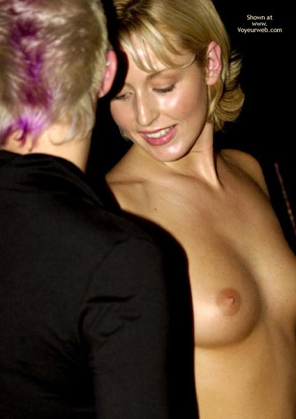 Pic #2 - *Gg Erotica Expo Playing Lesbian