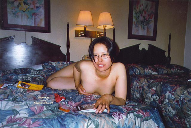 Pic #8 - Girl Friend In Hotel Room