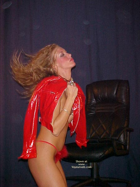 Pic #1 - Jenna Red Hot Poses