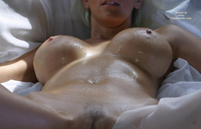 Pic #4 - Jan Wet Boobs And Body
