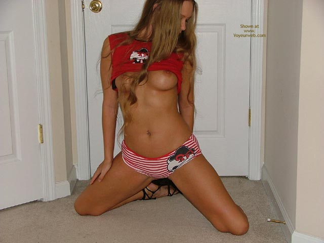 Pic #8 - Good Girl Says Meow