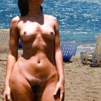 Girfriend Naked At The Beach