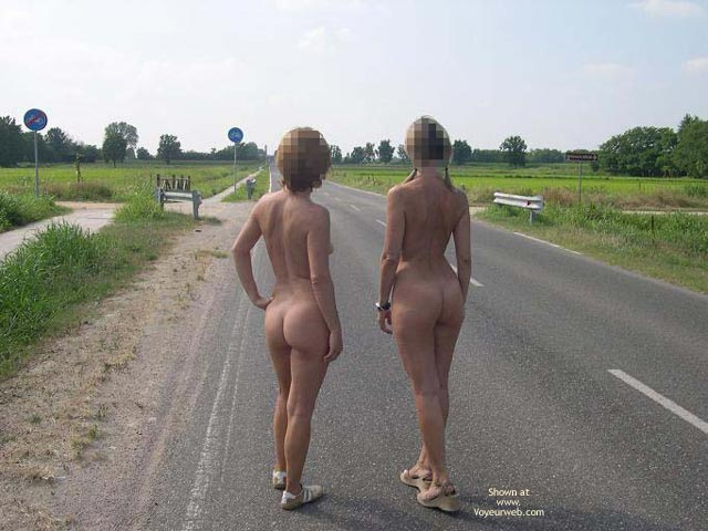 Pic #4 - *Gg Girls On The Road  Donne Per Strada