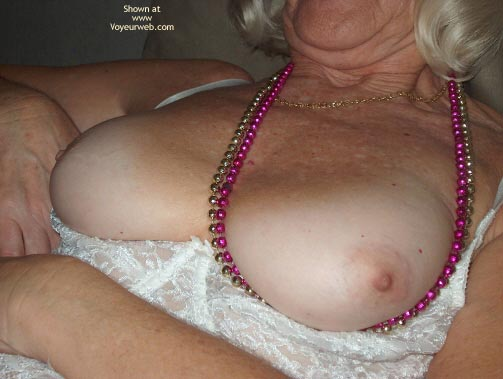 Pic #5 - Mature Sexy Lady