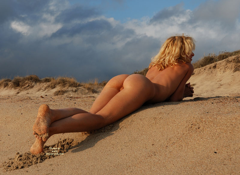 Sexy Ass On Beach - Blonde Hair, Sexy Ass, Sexy Feet, Sexy Figure , Layin On Stomach Pussy Playin Peakaboo, Nice Bum, Outdoor Ass With Pussy Poking Through, Legs Crossed Thinking, Laying On Beach, Blonde Sun Bather On Stomach In Sand Rear View Full Length, Lying On A Sandy Beach, Outdoor Ass Shot, Bleach Blonde Hair
