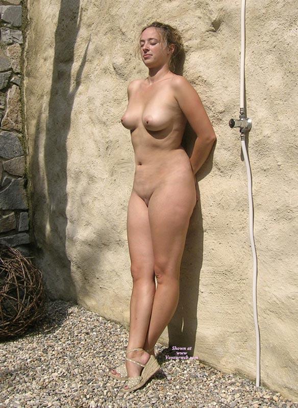 golie-naturistki-foto