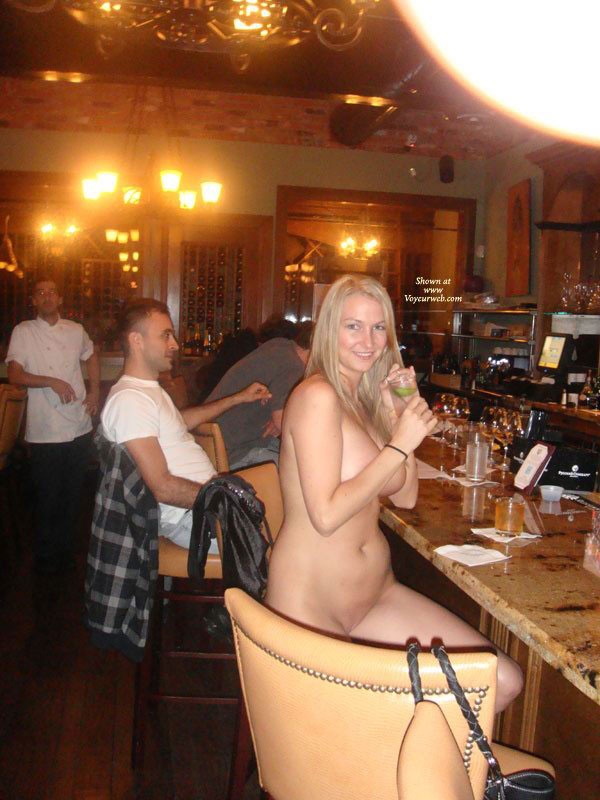 naked sexy women and wine