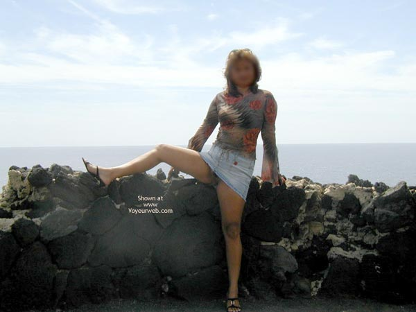 Pic #3 - Out And About 2  More Nip In Paradise