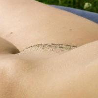 Helen30: pubic hair stubble