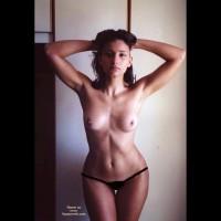 kika: topless hourglass figure girl
