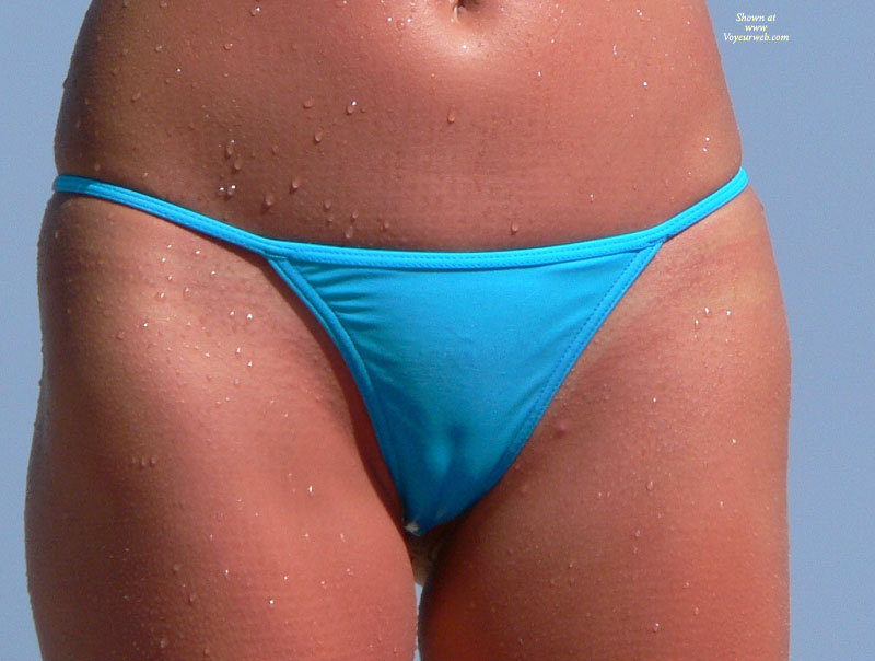 bikini bridge camel toe